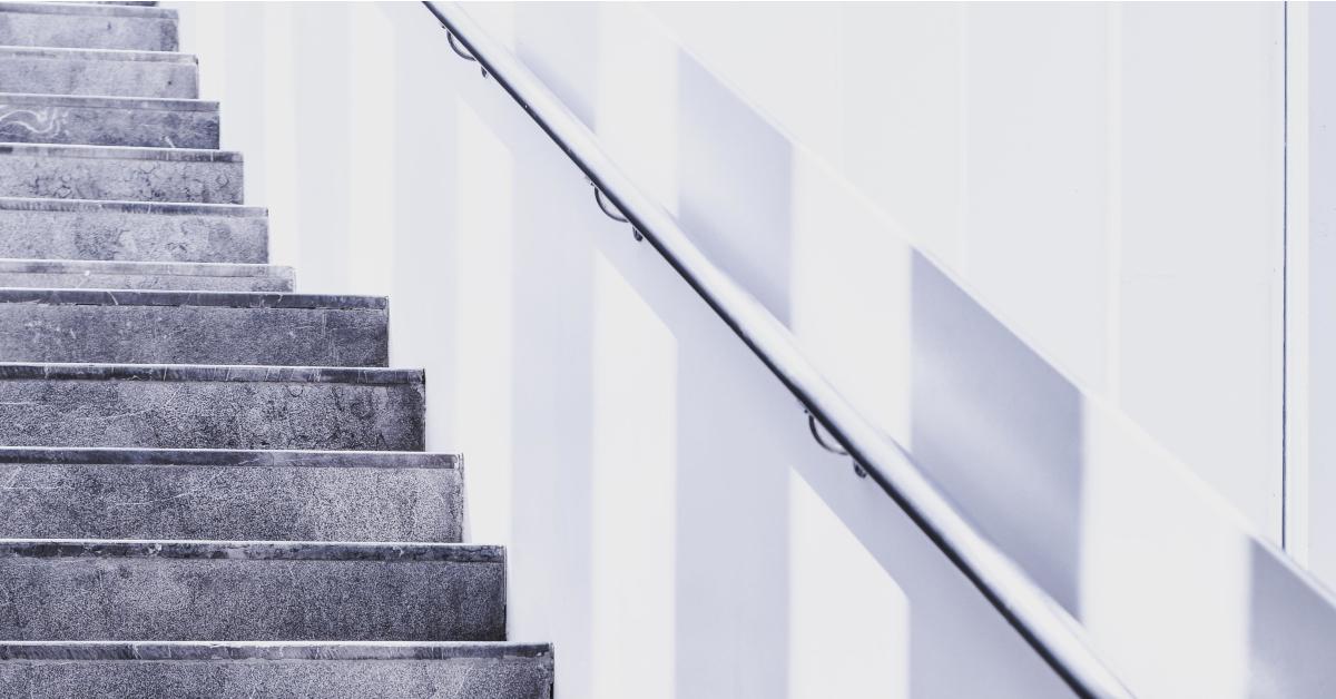 https://www.financialwellbeingacademy.be/wp-content/uploads/2018/12/Wat-zijn-de-basisstappen-richting-financieel-welzijn_.jpg